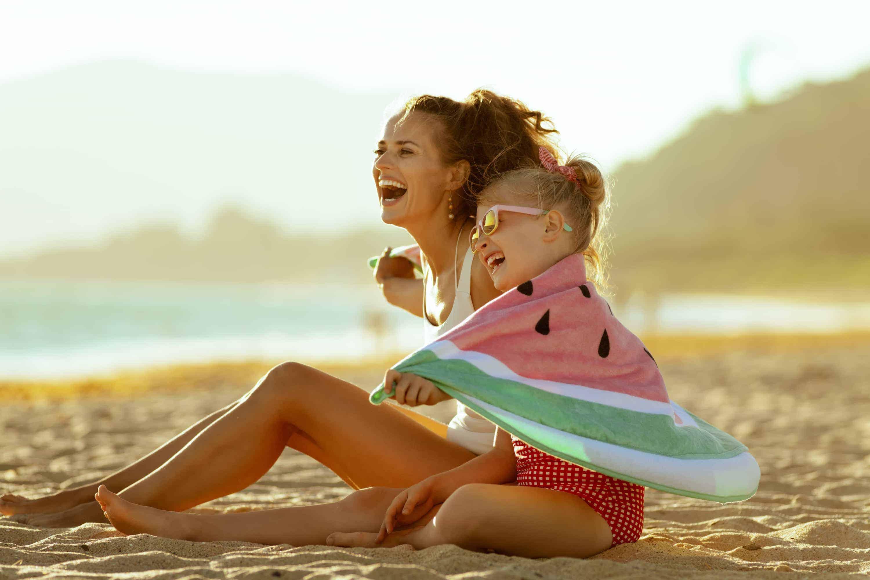 Zásady správnej ochrany kože pred slnečným žiarením podľa dermatologičky