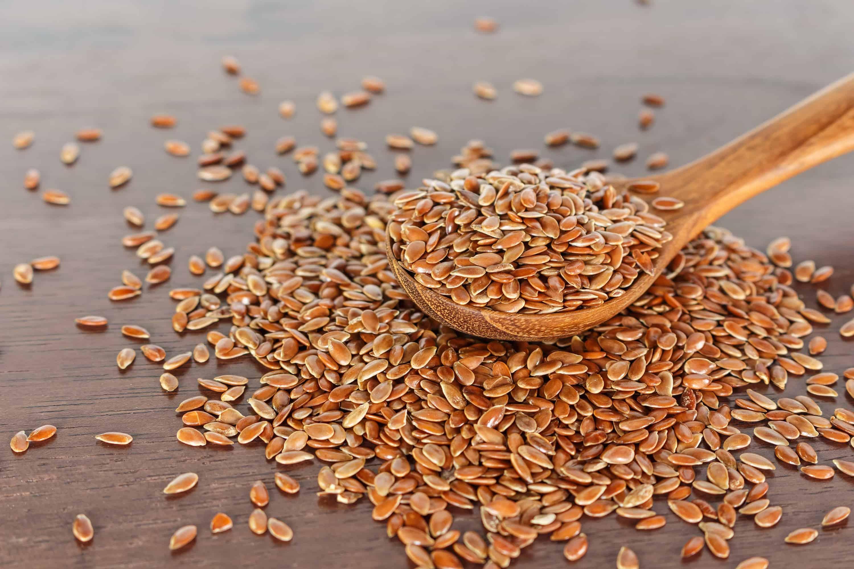 Chia alebo ľanové semienka? Ktoré sú užitočnejšie?